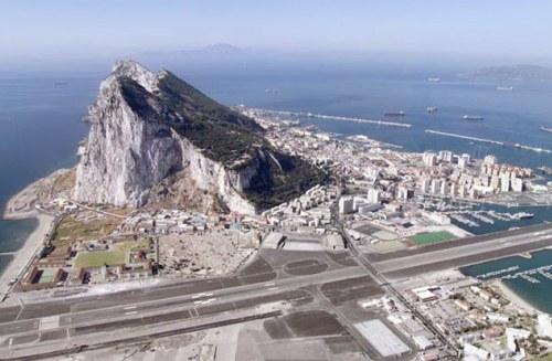 Cierre inminente del aeropuerto de Gibraltar